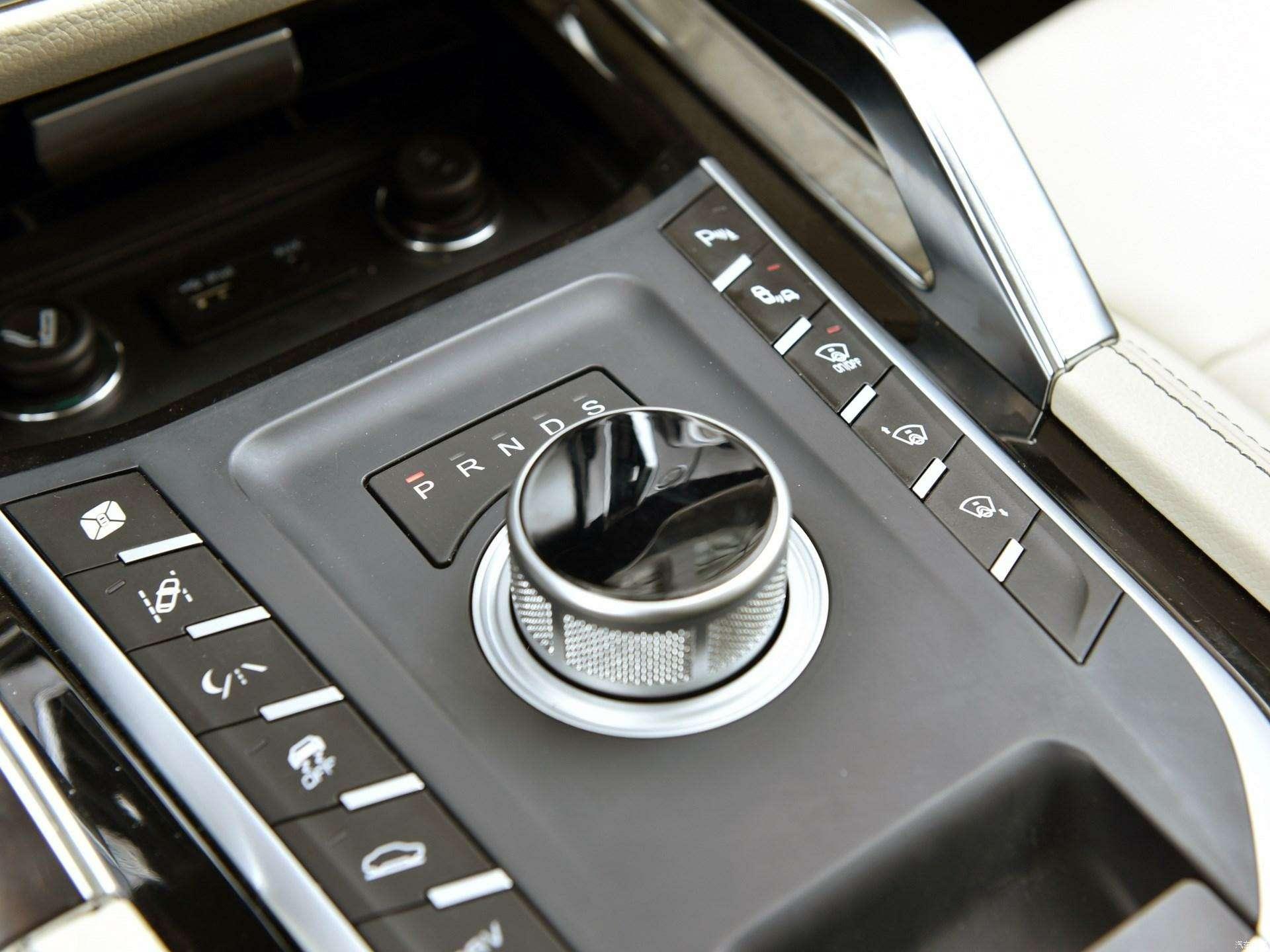 Jaguar иLand Rover водном флаконе: стартовало производство кроссовера Zotye T700— фото 727967