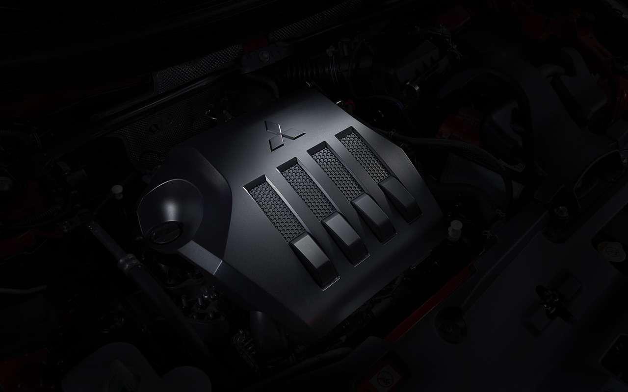 Какустроен кроссовер: все секреты Mitsubishi Eclipse Cross— фото 927365