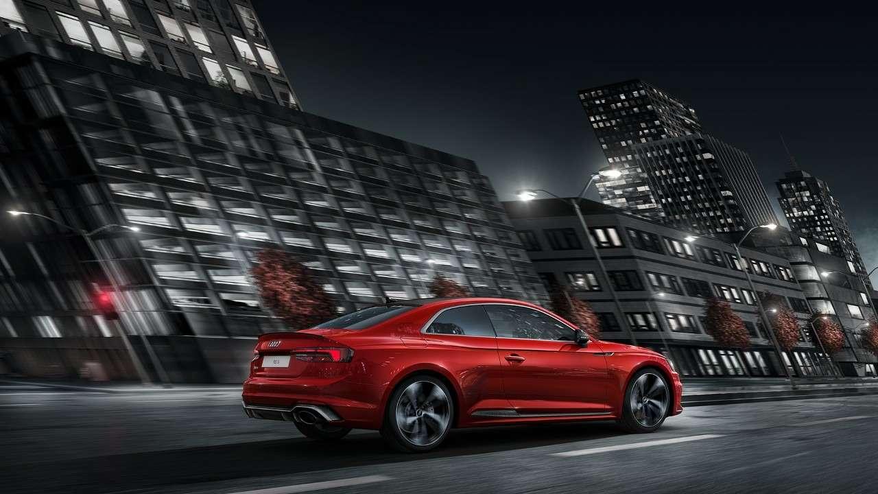 МАКС-2017: премьера Audi SQ5и RS5и гонки ссамолетами— фото 777831