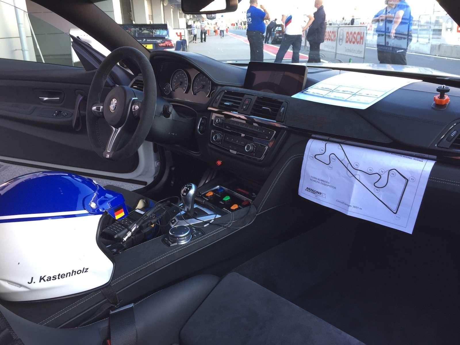 Одни выходные изжизни пейс-кара BMW M4GTS иего пилота— фото 779964