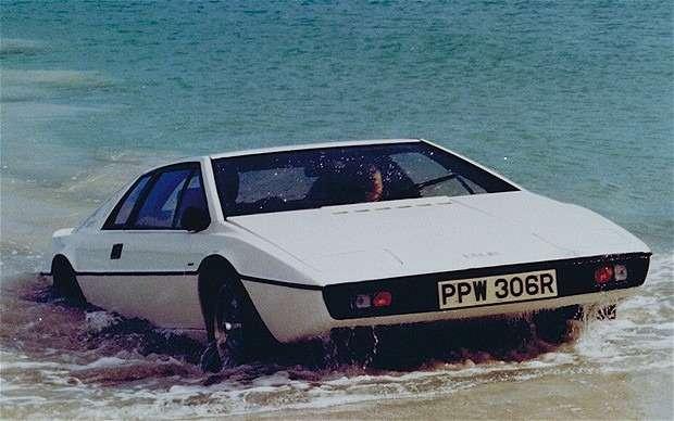 nocopyright James Bond Lotus Esprit