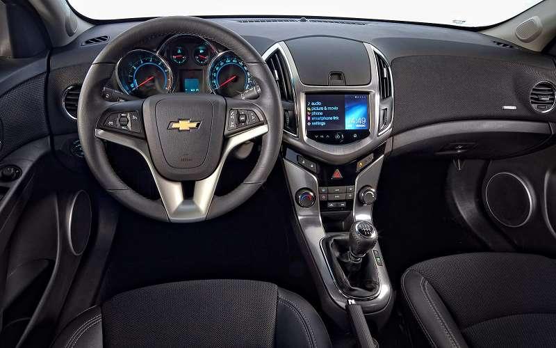 Интерьер Chevrolet Cruze