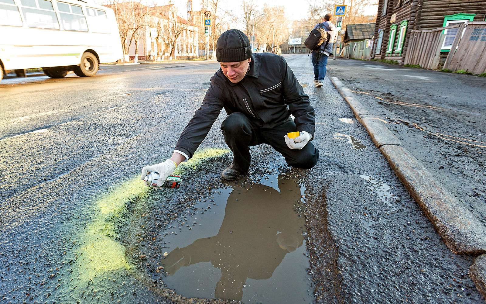 Акция вТомске— плохие дороги
