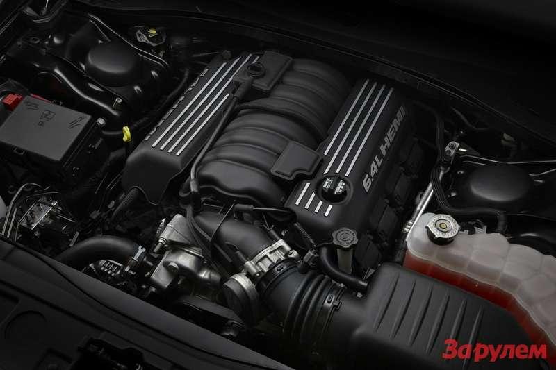 Under the hood ofthe 2012 Chrysler 300 SRT8, the new 6.4-liter