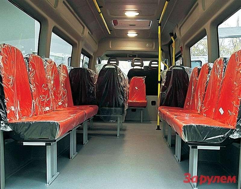 Подавляющее количество комплектующих импортные, ноесть ироссийского производства. Например, эти кресла.