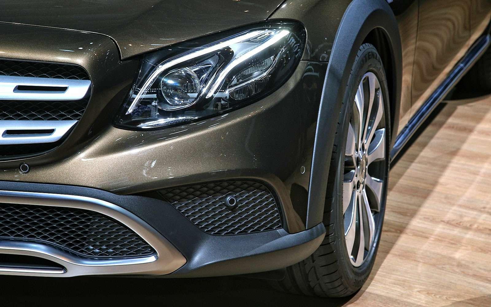Небывалая «ешка»: вПариж приехал универсал Mercedes-Benz All-Terrain— фото 641651