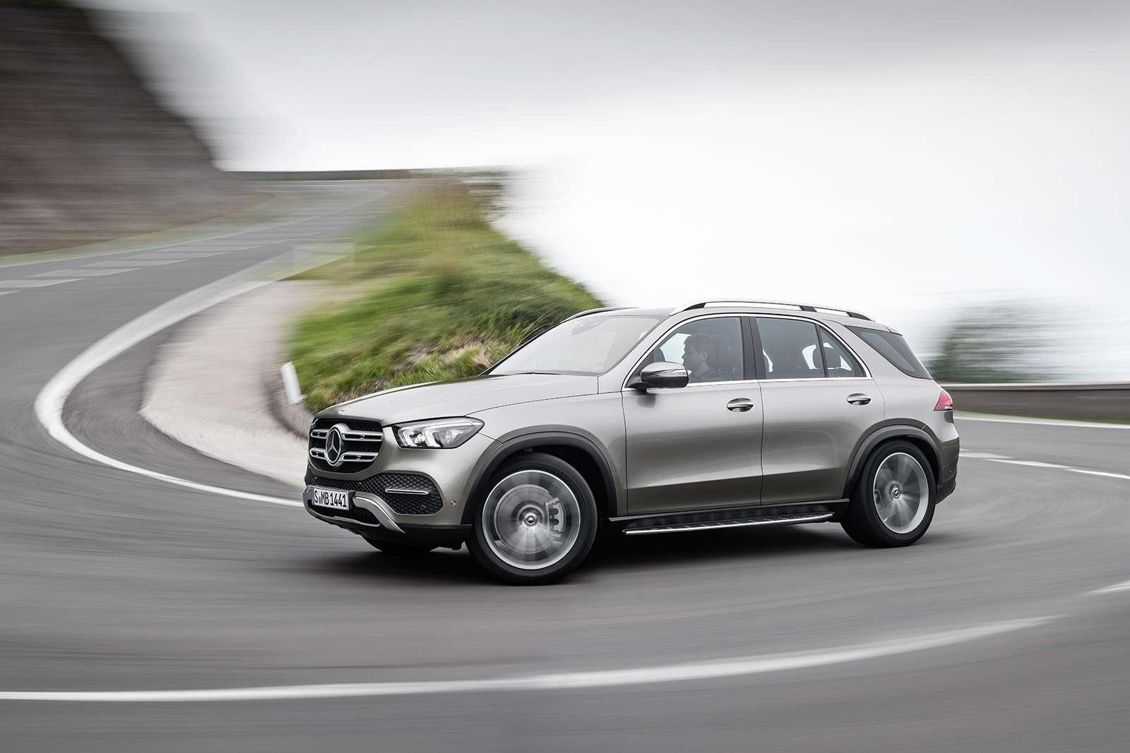 Новый Mercedes-Benz GLE: теперь онумеет подпрыгивать— фото 904190