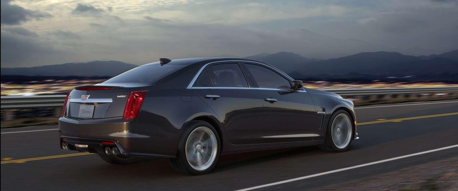 2016-Cadillac-CTS-V-Sedan-16