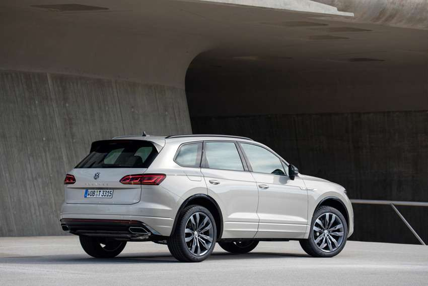 Новая версия Volkswagen Touareg — ONE Million — фото 988965