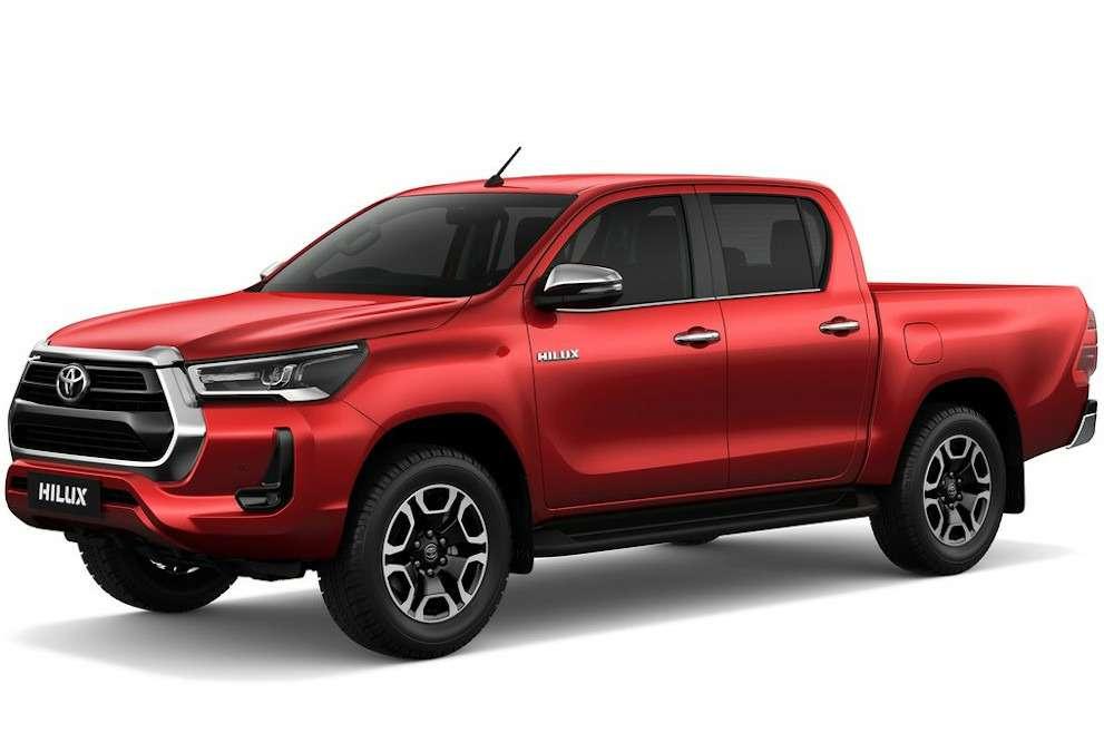 Обновления Toyota Hilux: другой двигатель ирешетка— фото 1138110