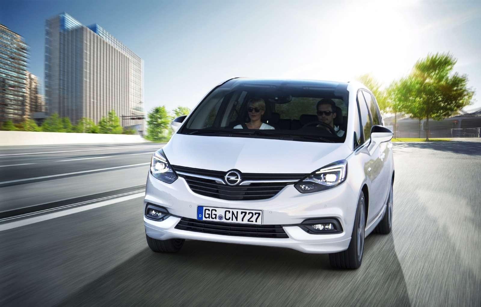 Обновленный компактвэн Opel Zafira представлен официально— фото 593695