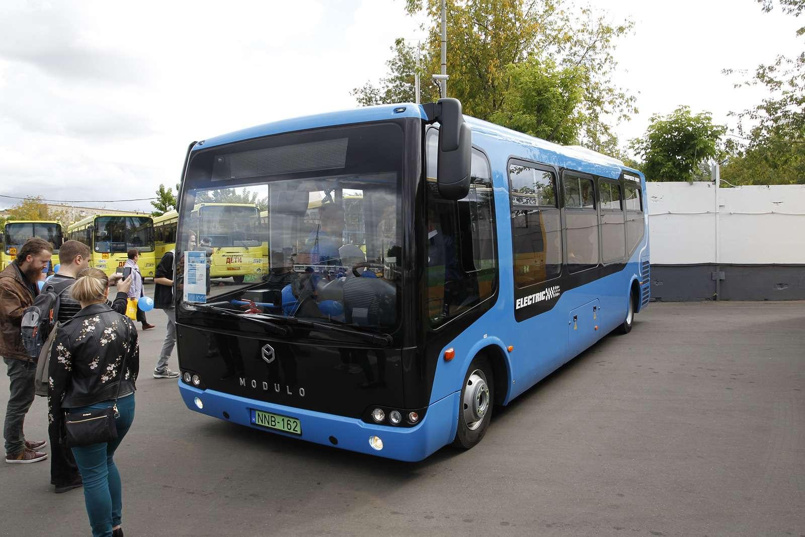 Автобусы нашего детства— выставка пассажирского транспорта— фото 792722