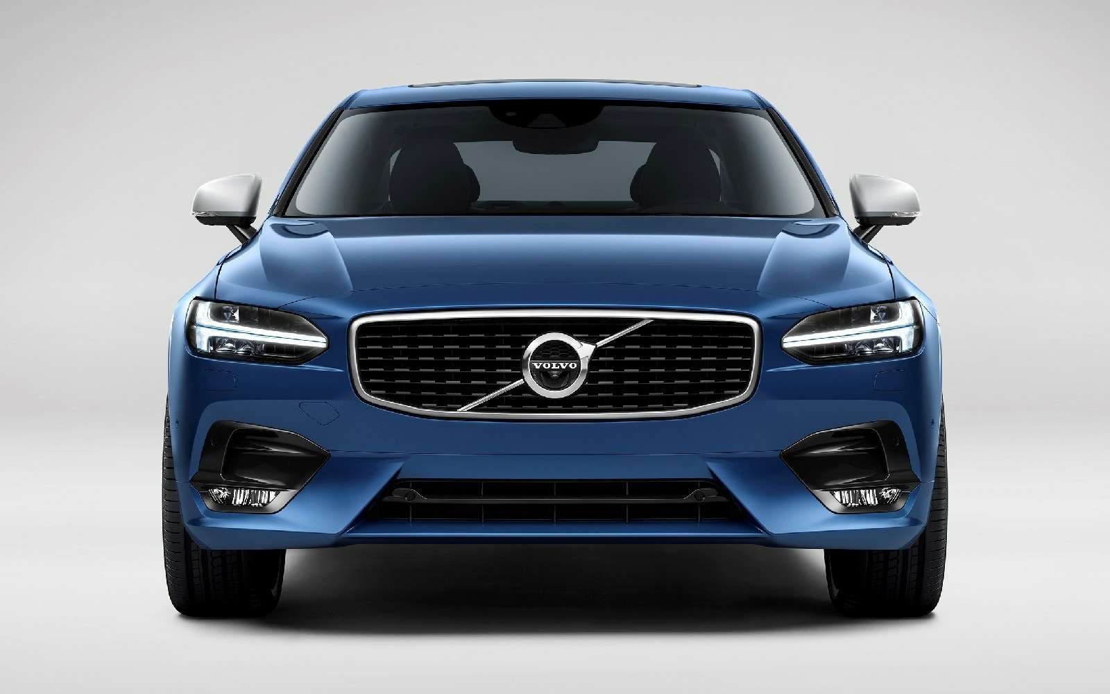 Volvo подготовила дляфлагманской модели спортпакет R-Design— фото 600923
