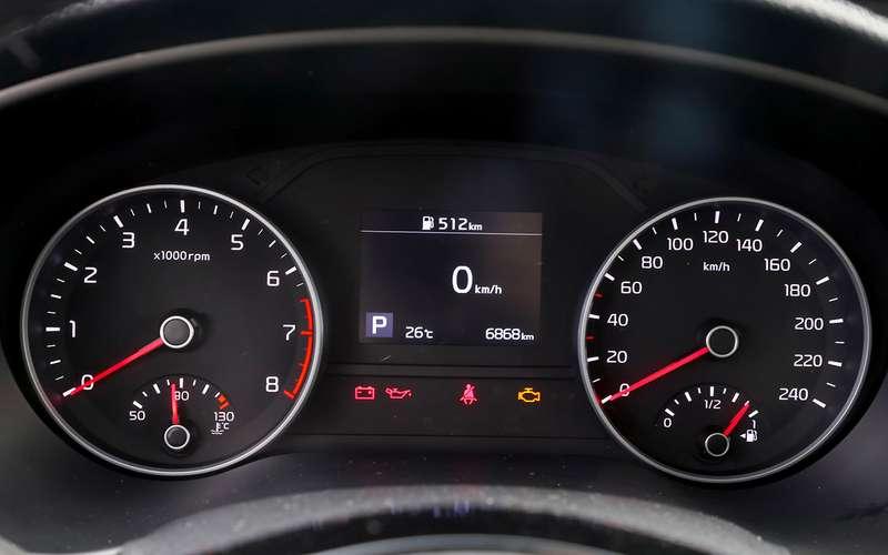 Renault Arkana, Nissan Qashqai, Kia Sportage: проверка бездорожьем иасфальтом