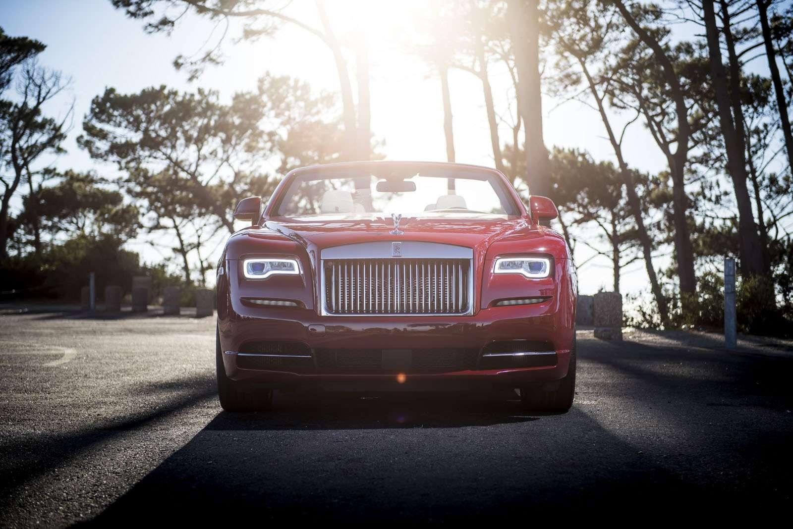 Надороги России выезжает Rolls-Royce Dawn— фото 580839