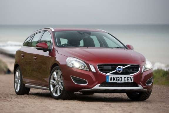Volvo V60 side-front view