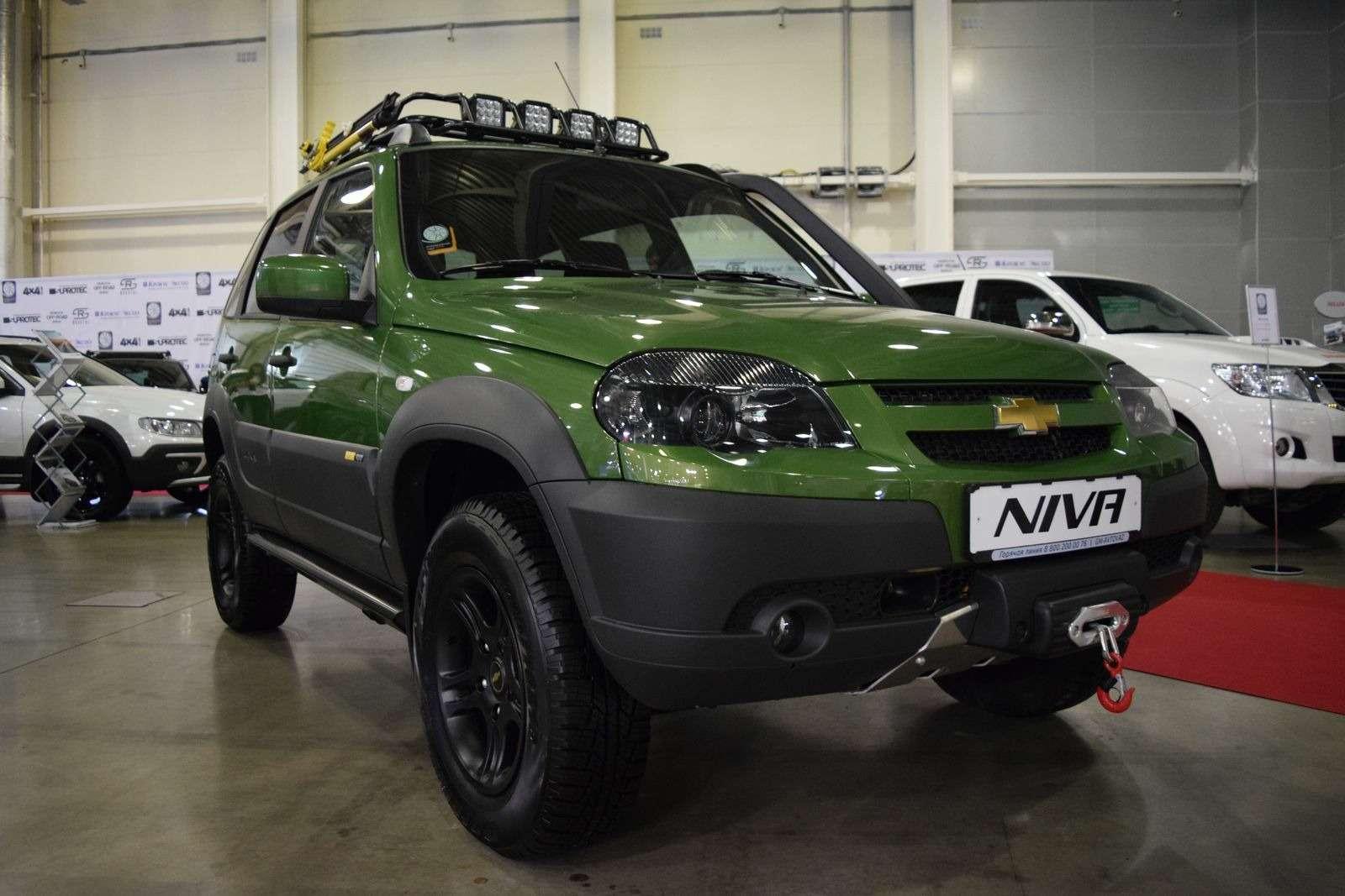 GM-АВТОВАЗ подогреет интерес кChevrolet Niva новыми спецверсиями— фото 387444