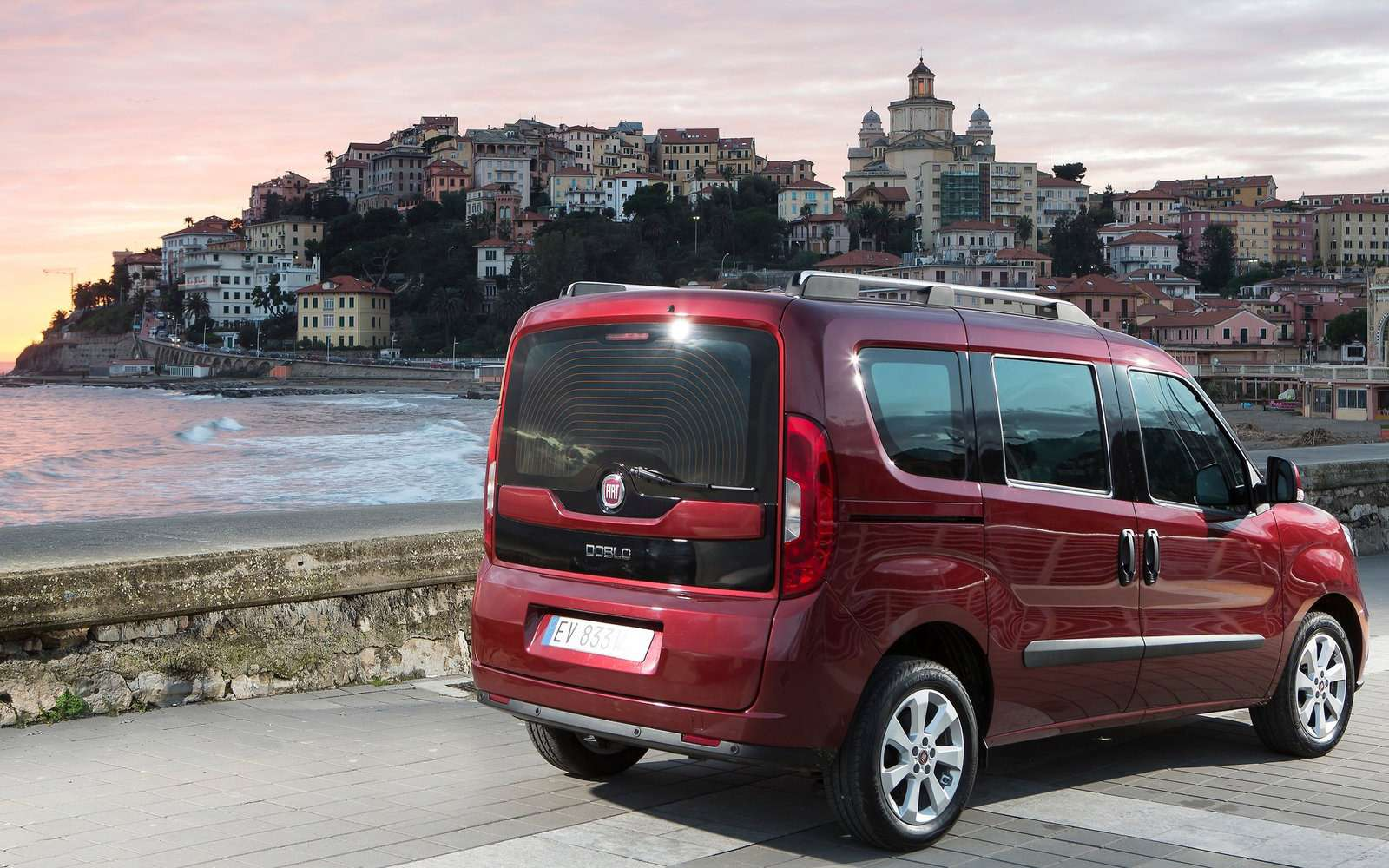 Fiat привез вРоссию конкурента Renault Dokker— фото 843301