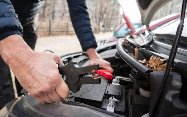 Батарея села, стартер не крутит— 3способа пустить мотор