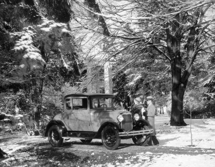 Ранние образцы Ford Model Aимели «бочкообразное» обрамление радиатора, 1927 год. Фото: www.thehenryford.org
