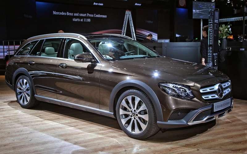 Небывалая «ешка»: вПариж приехал универсал Mercedes-Benz All-Terrain