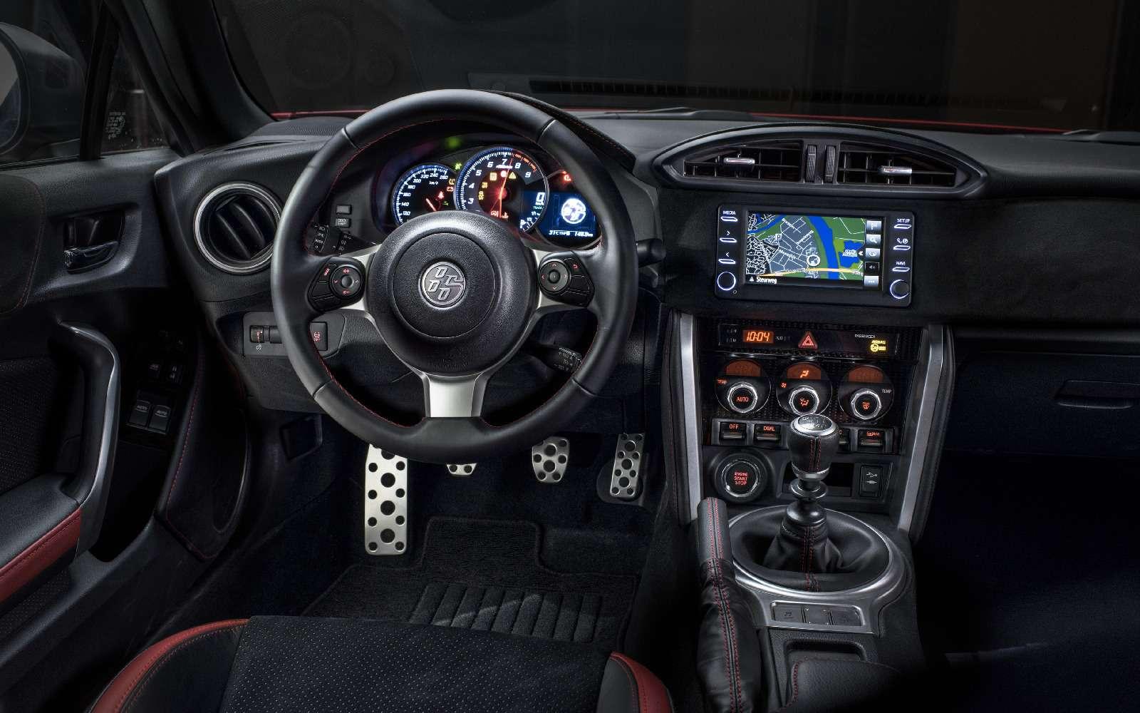 Toyota GT86 получила обновленное шасси итрековый режим— фото 692312