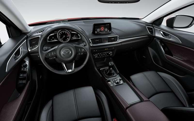 Mazda отзывает автомобили из-за стеклоочистителей