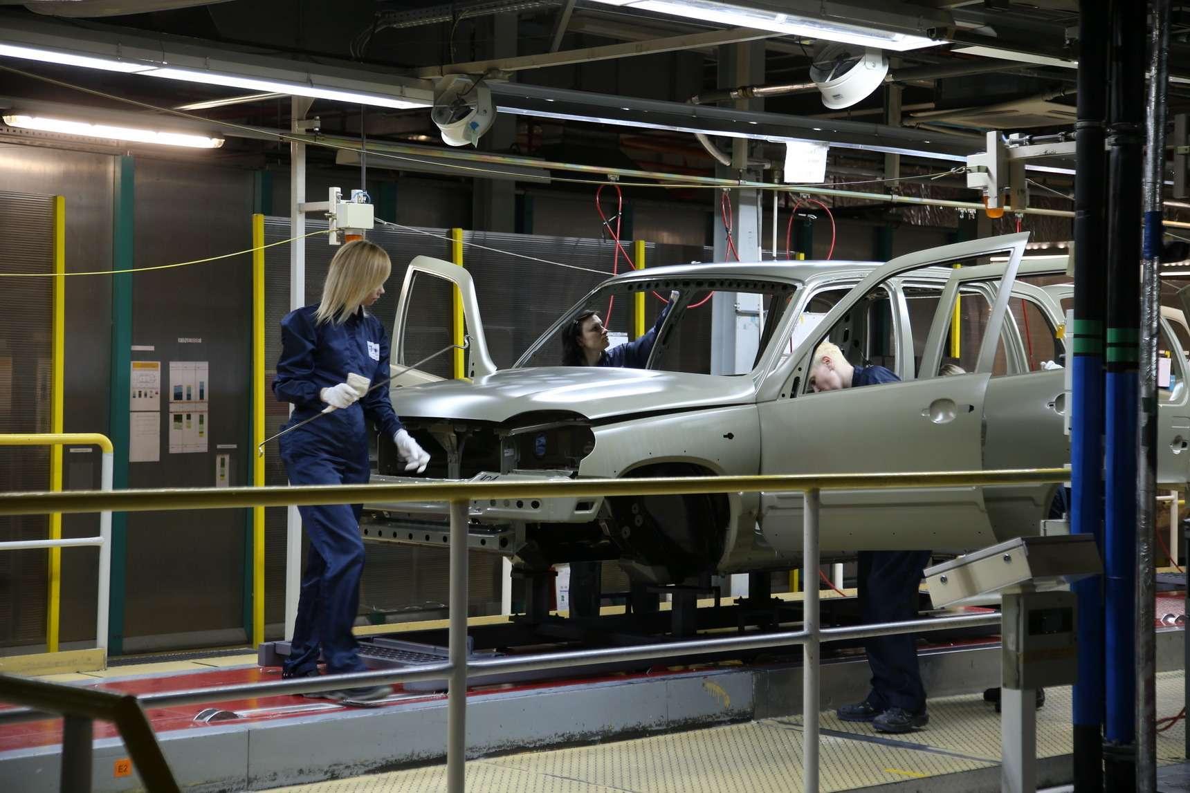 Каккрасят Chevrolet Niva: самый секретный цех СПGM-АВТОВАЗ— фото 582259