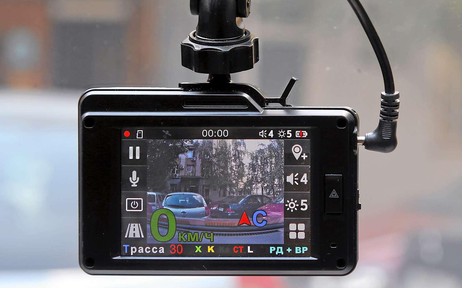 Видеорегистраторы срадар-детектором—  тест 7моделей— фото 651737