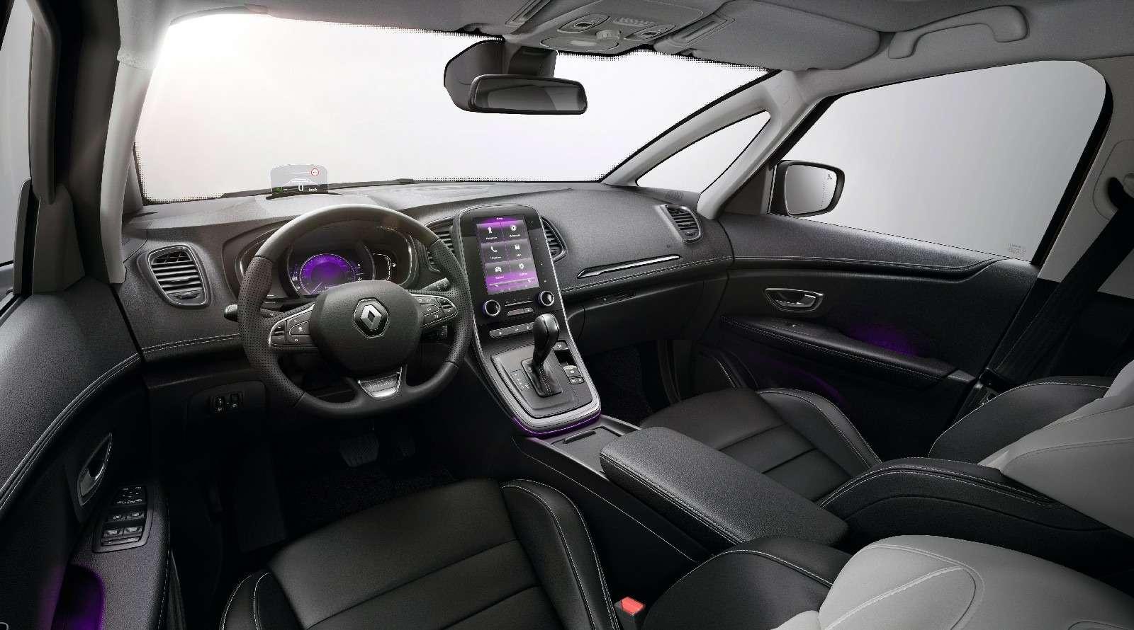 Парижский гламур: новый Renault Scenic стал еще красивее— фото 759172