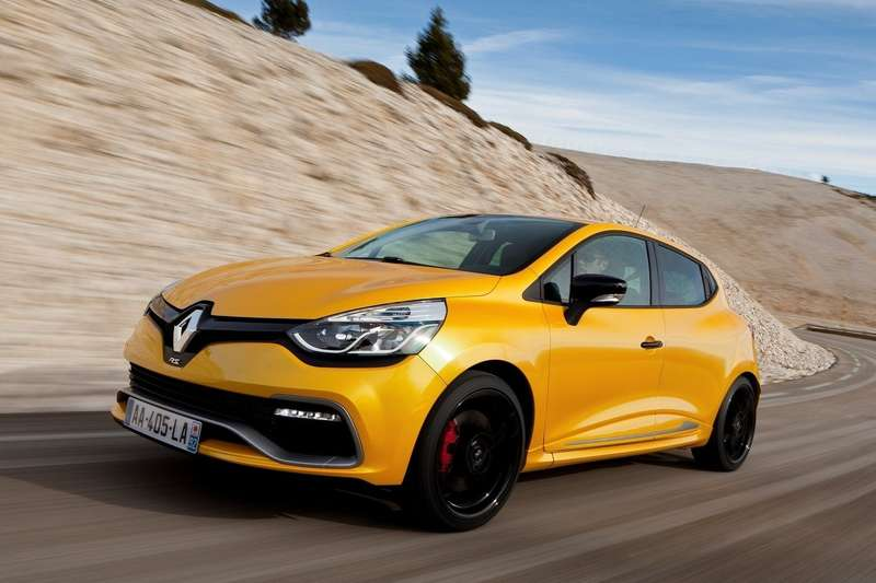 Renault-Clio_RS_200_2013_1600x1200_wallpaper_08