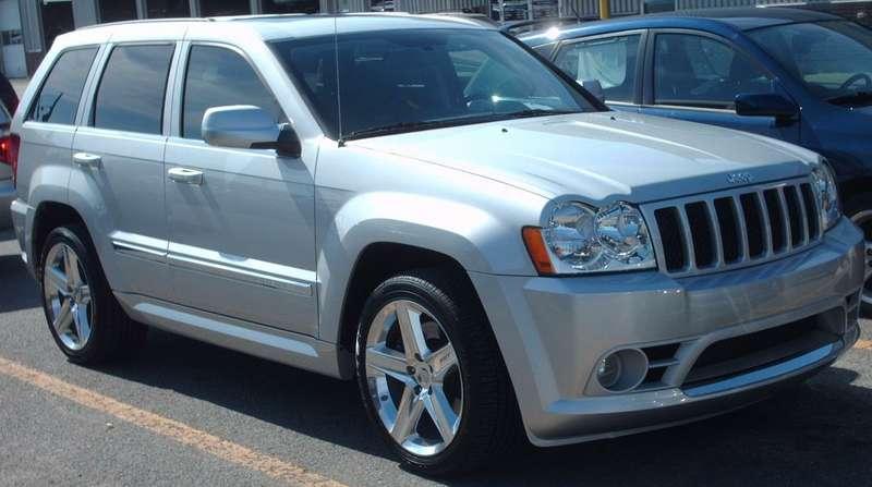 Chrysler отзывает 800000 старых Jeep Grand Cherokee