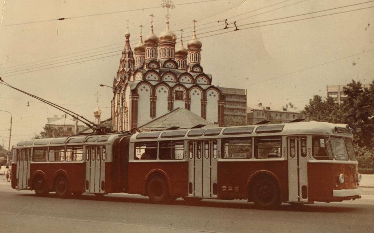 9 самых необычных советских автобусов (итроллейбусов)— фото 1258916