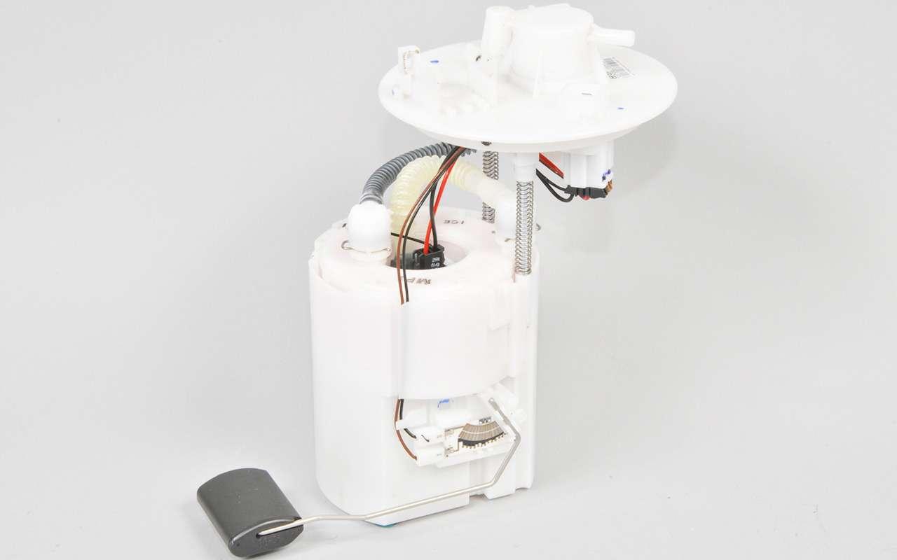 Топливный фильтр: менять или итак сойдет?— фото 824401
