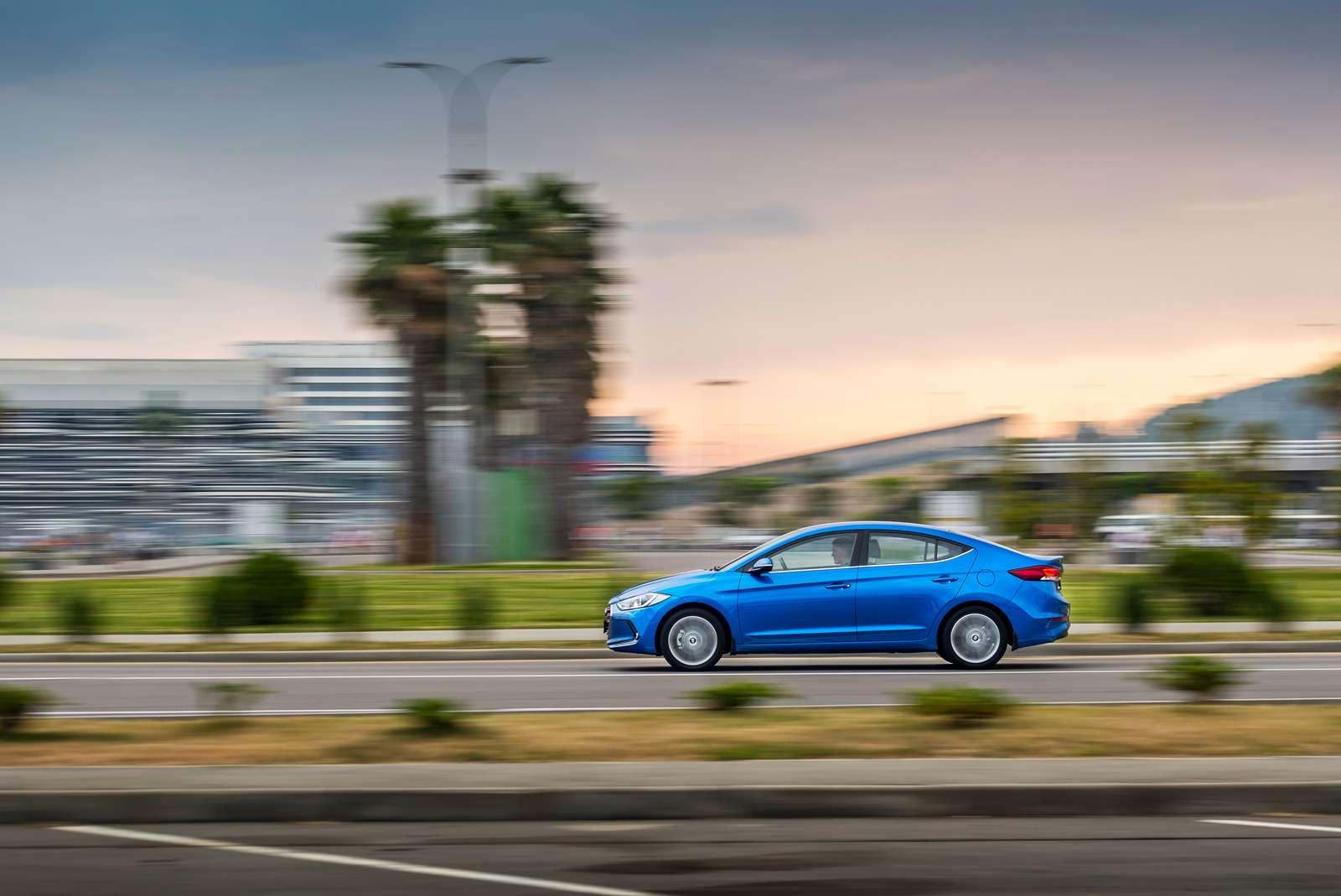 Новая Hyundai Elantra: тигрокот— фото 613260