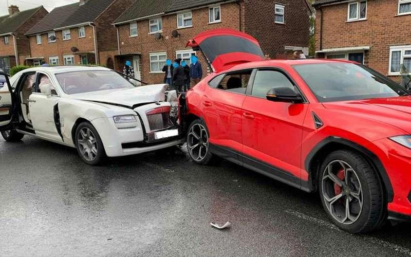 Самое дорогое ДТП осени: Rolls-Royce вLamborghini