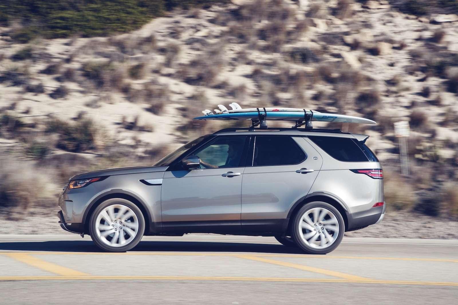 Диско уже небудет прежним: объявлены цены нового Land Rover Discovery— фото 676029