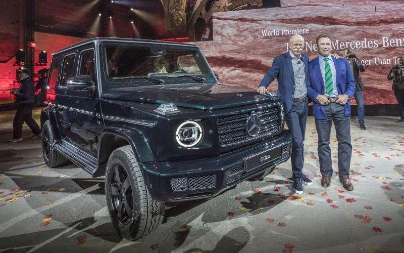 Длинный нос: новый Mercedes-Benz G-класса представлен официально