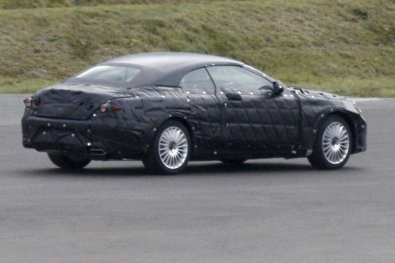Mercedes-Benz S-class Cabriolet test prototype side-rear view_no_copyright