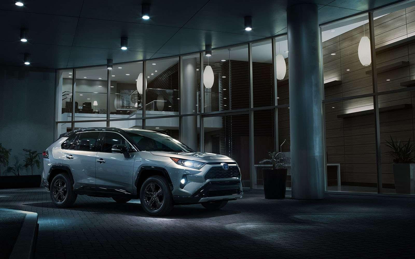 Новая Toyota RAV4: больше никакого унисекса!— фото 857654