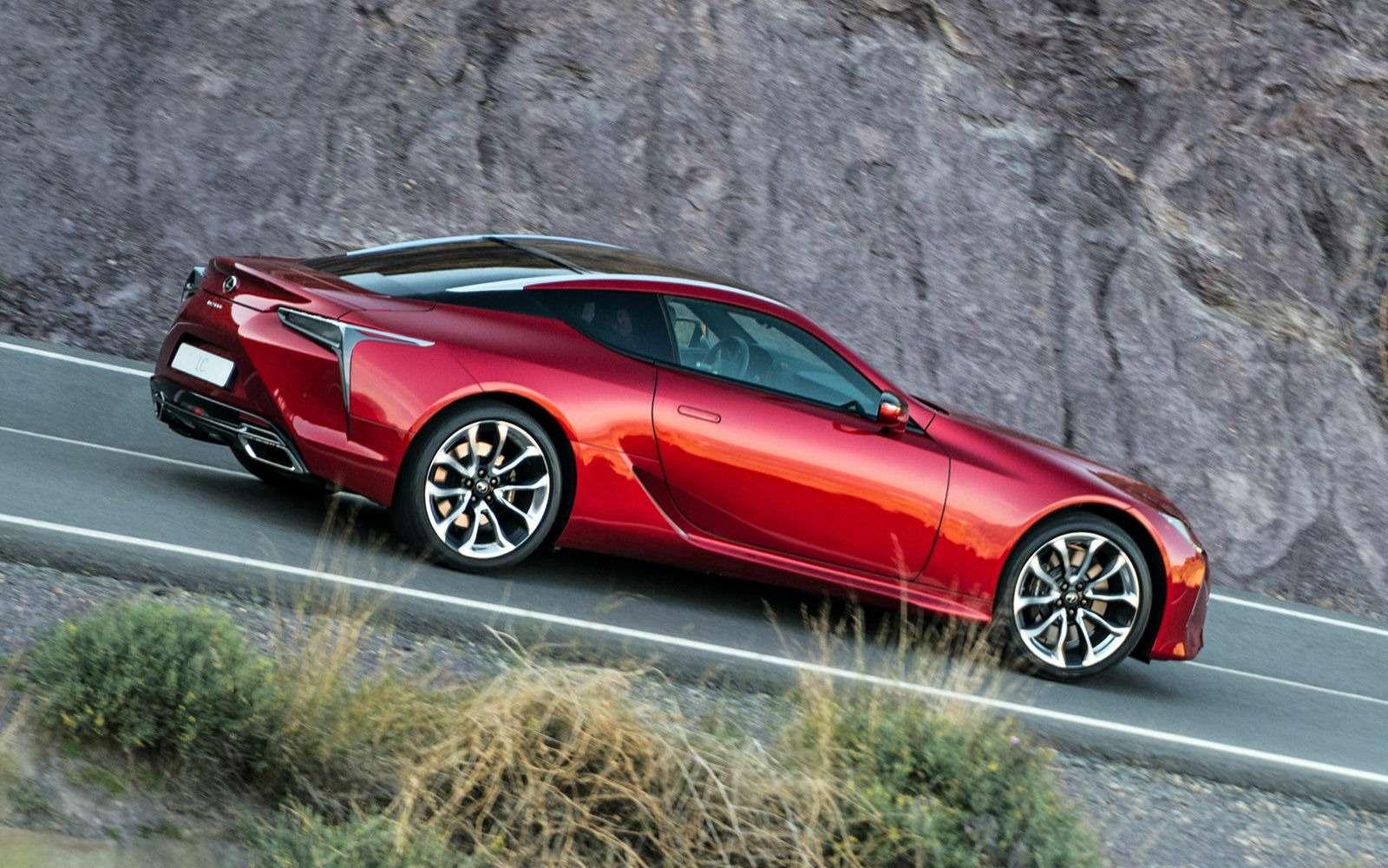 Объявлена рублевая цена наяпонский суперкар Lexus LC500— фото 715419