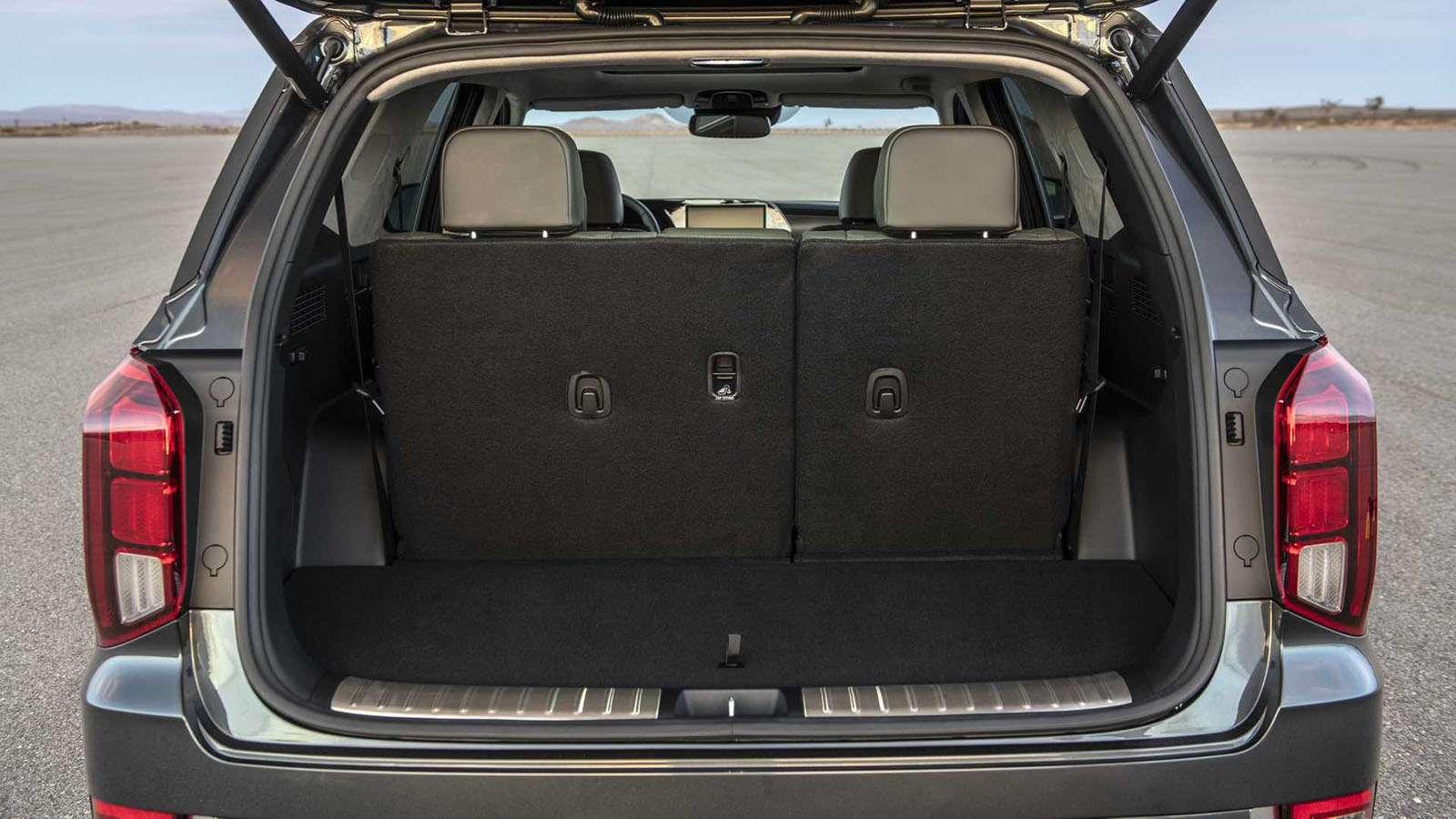 Hyundai показал свой огромный ироскошный внедорожник— фото 927202