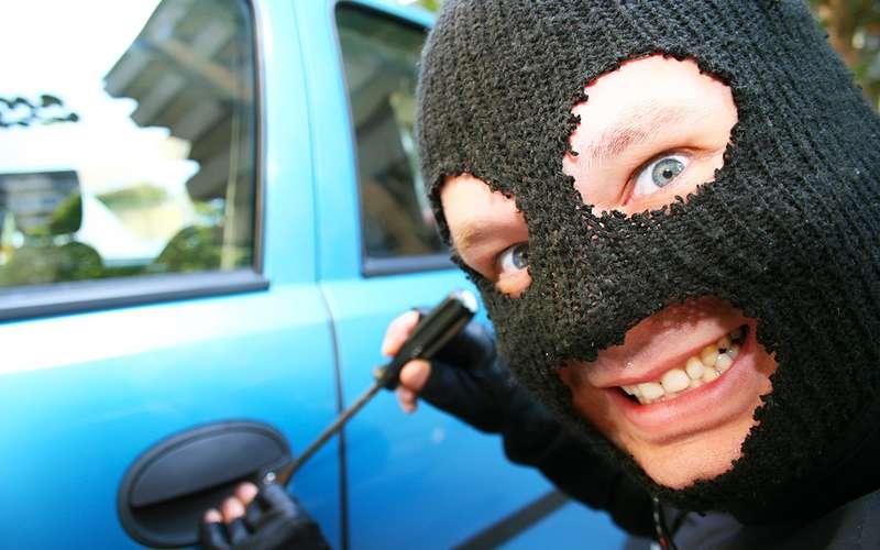 Заодну ночь нетрезвый гражданин Дона угнал три автомобиля