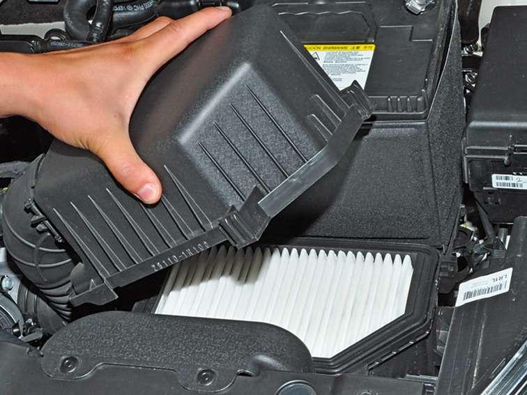 Замена воздушного фильтра в хендай солярис своими руками