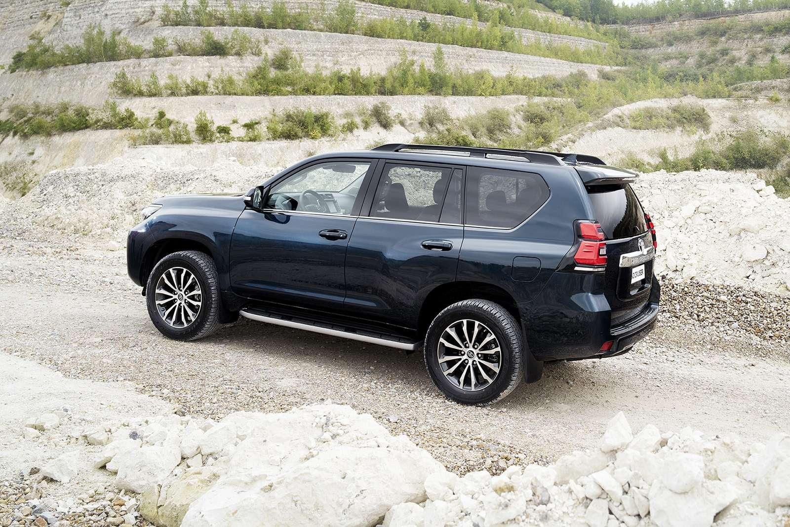 Обновленный Toyota Land Cruiser Prado— все изменения— фото 793409