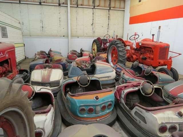 Бывший дальнобойщик решил продать свою коллекцию из700 машин— фото 702194