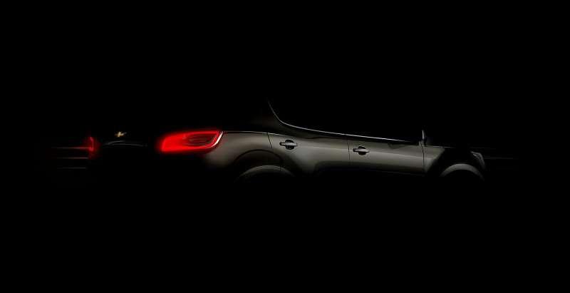 2013-Chevrolet-TrailBlazer-001