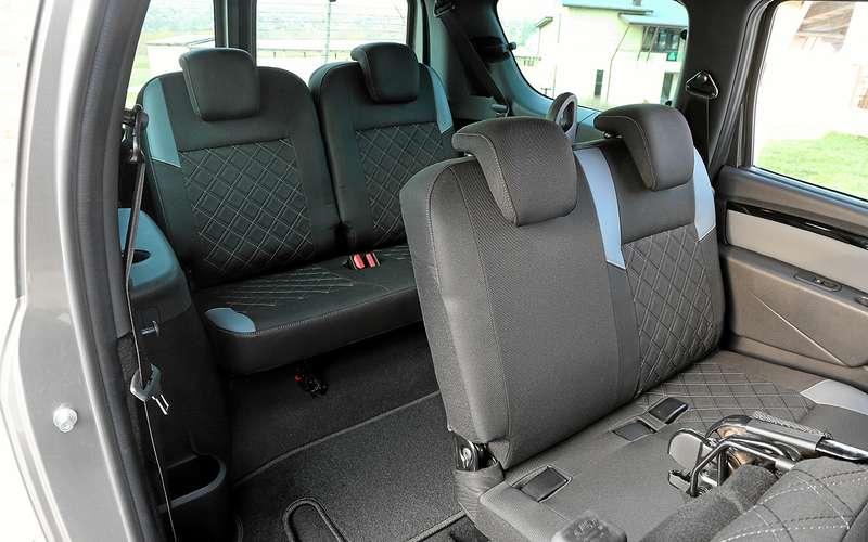 Lada Largus FL— счем досих пор не могут смириться владельцы
