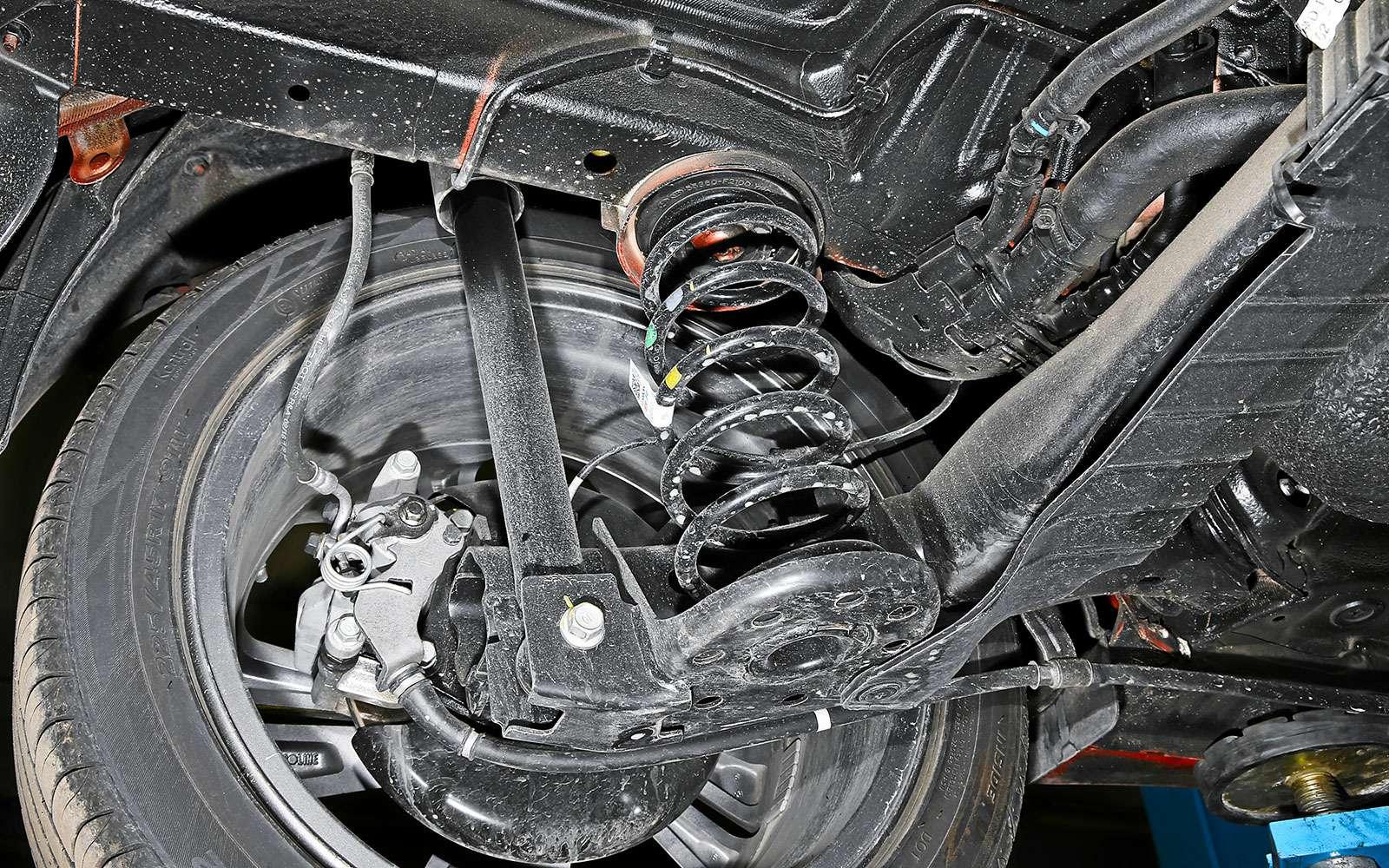 Балка Hyundai Elantra