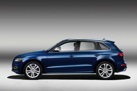 Audi SQ5 TDI side view